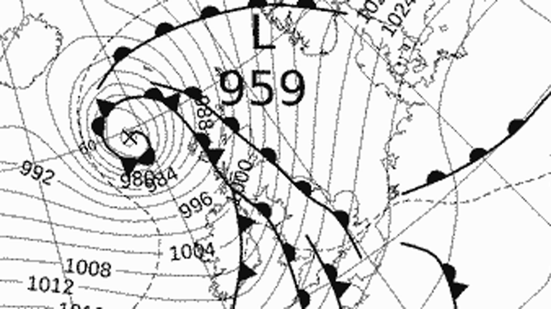 Storm Barbara threatens Christmas travel disruption
