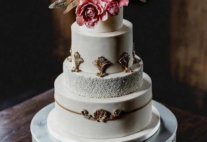 Four Oaks Bakery Premier Wedding Cakes In Pittsburgh