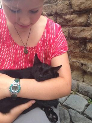 Della's new cat friend