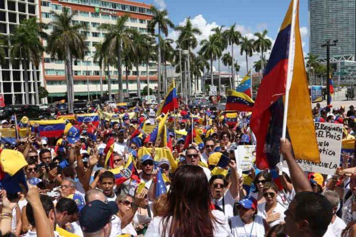 Miami music scene Venezuelan parade