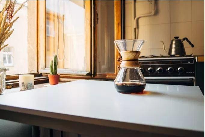 coffeeWhiteTable.JPG