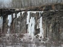 Quarry Park ice climbers 001