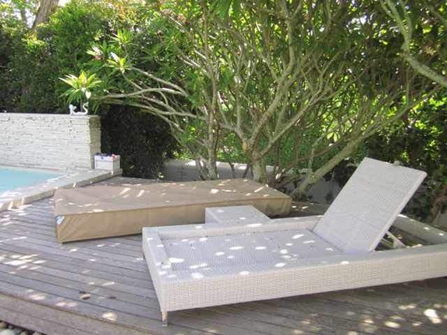 Beige Pool Lounger cover