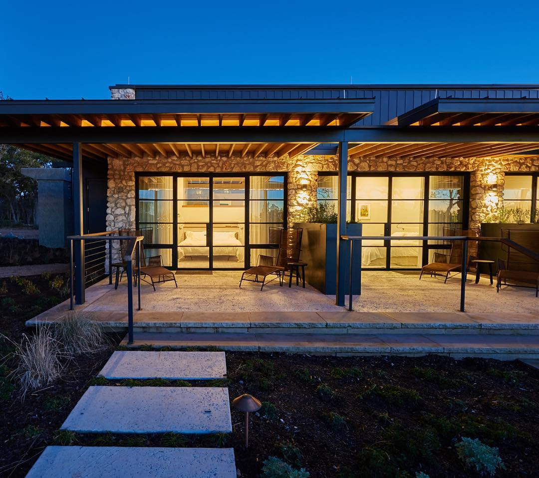 Summertime is evening porch time in the Texas Hill Country. Built by @foursquarebuilders