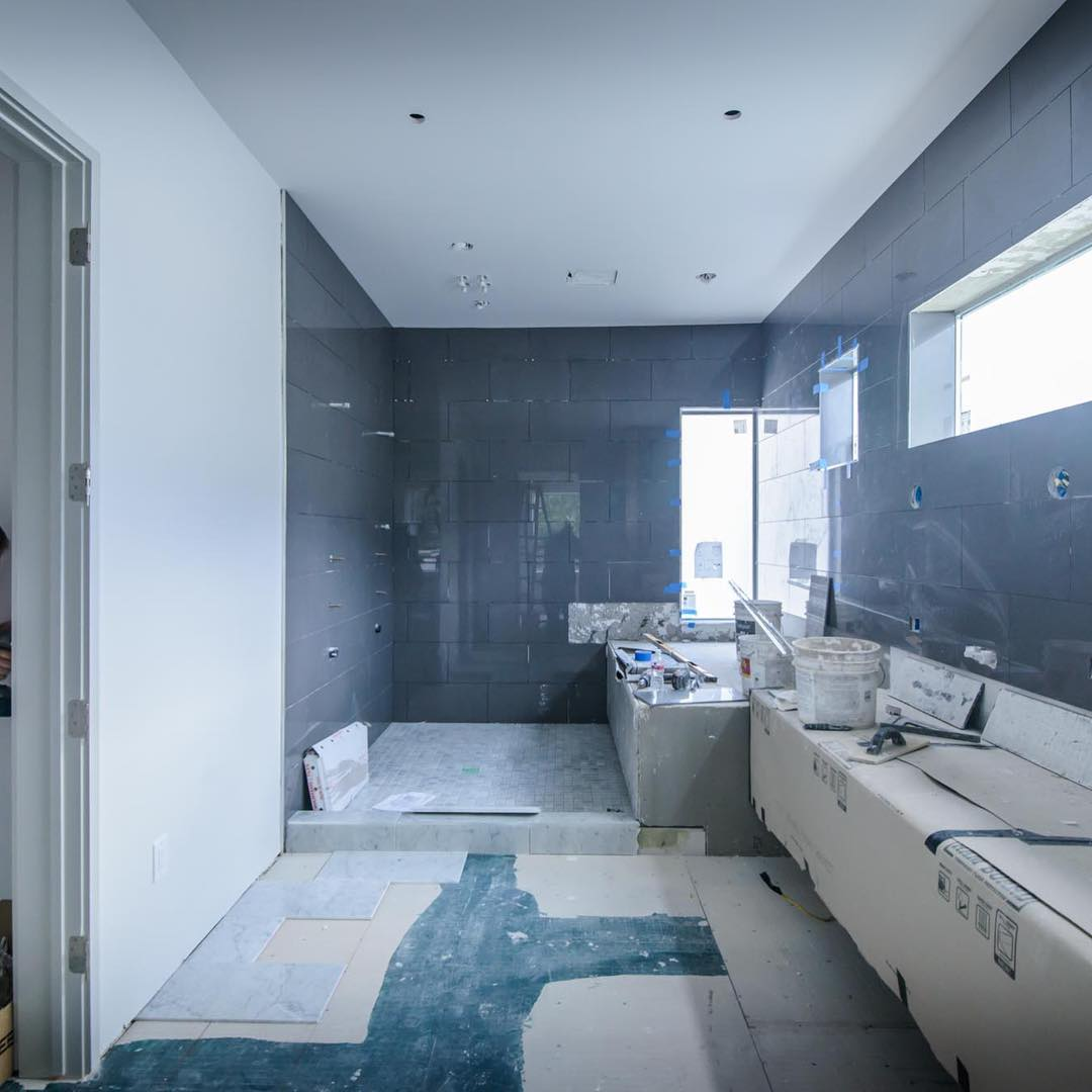 Master Bath about wrapped up on our In-Town project! Built by @foursquarebuilders Photo by @redpantsstudio