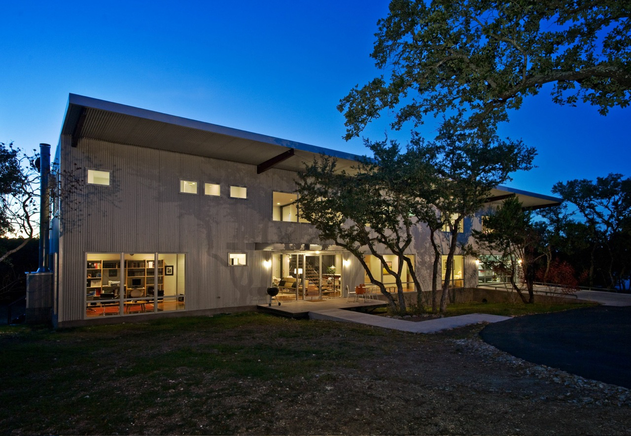 A case study between builder and architect resulted in a pre-fab engineered metal building transitioning into a family residence.