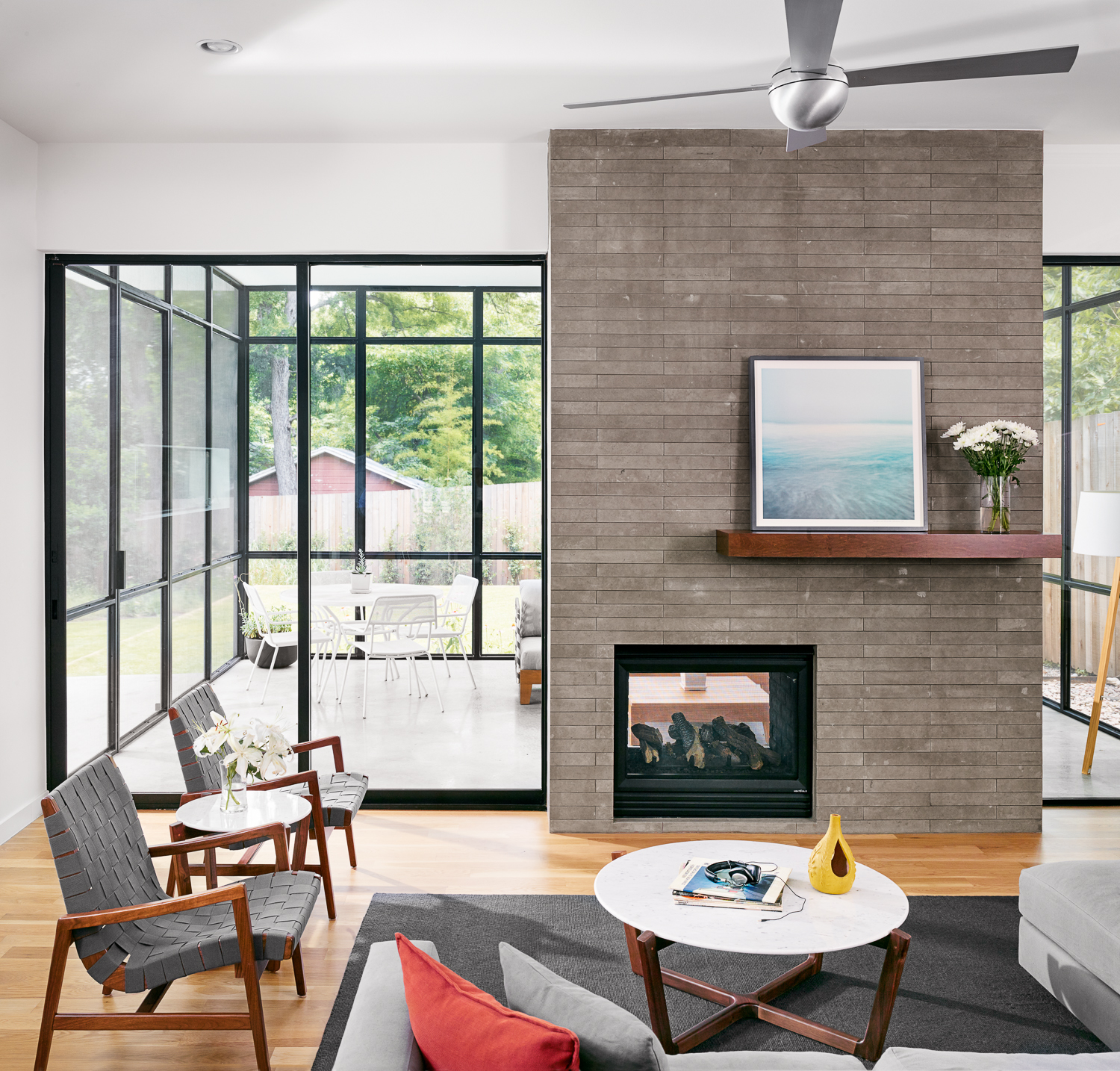 Modern living in a cozy atmosphere.