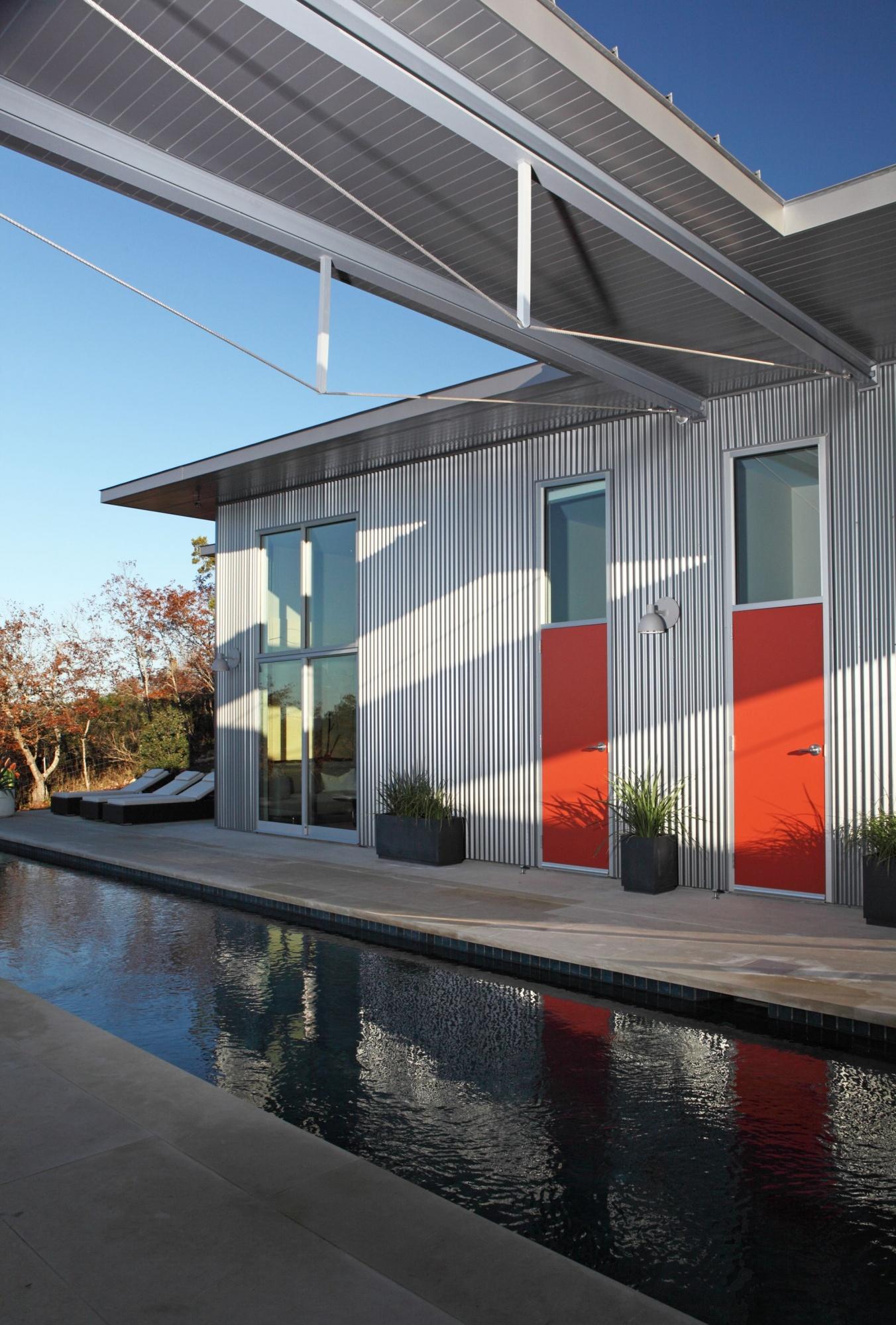 Color creates a sense of fun to this outdoor space.