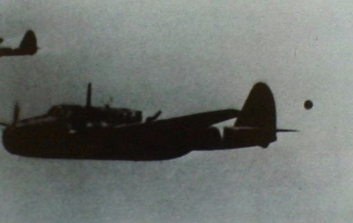 Foo Fighters UFO: photographed following U.S. Beaufighter