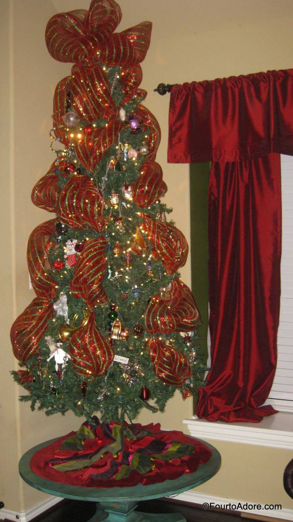 Christmas Tree Decorating With Wide Mesh Ribbon