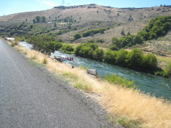 Rafters on Deschutes
