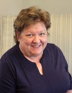 Julie Hinrichs