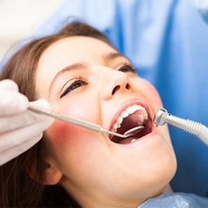 Perawatan Estetik Gigi di Ultimo