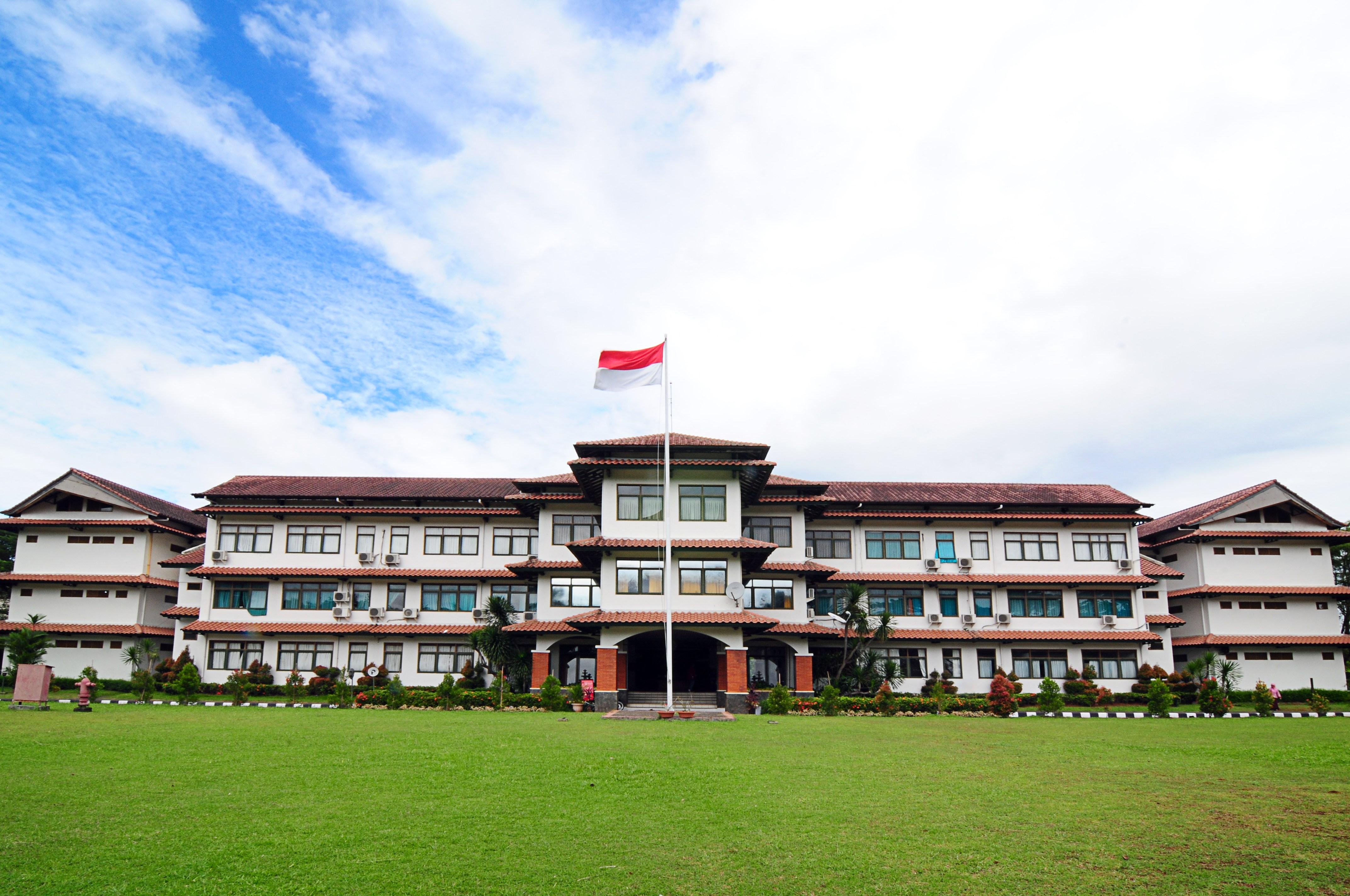Program International Boarding School Bogor SMA Dwiwarna