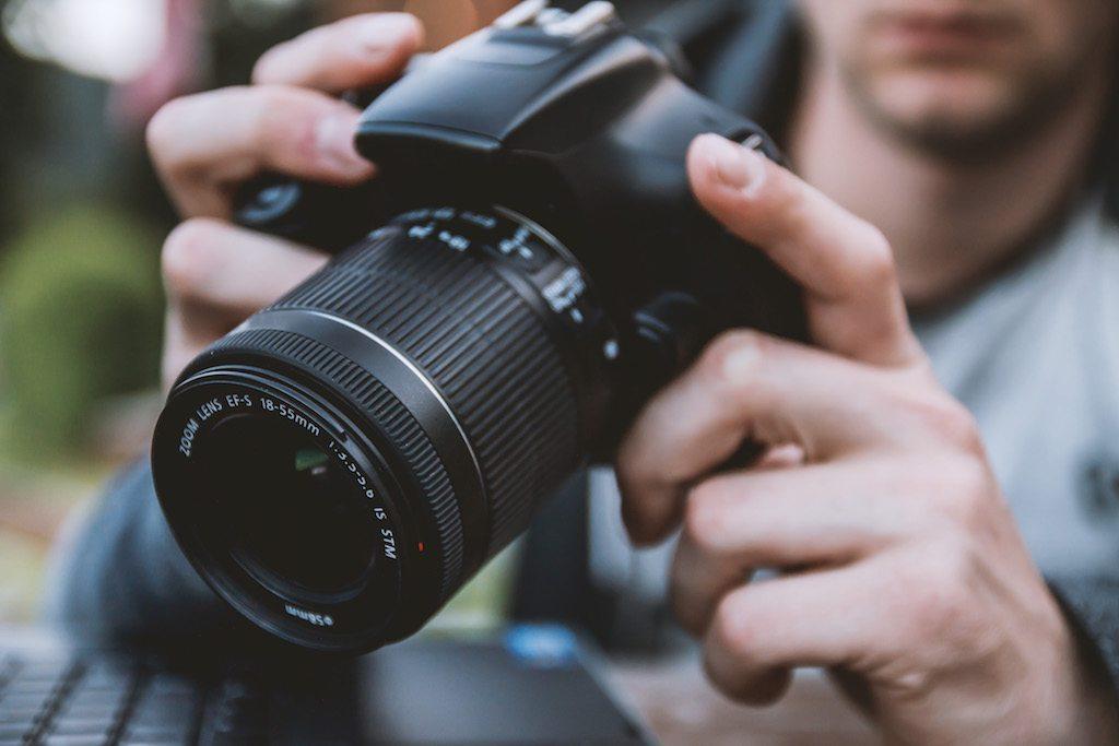 Teknik Dasar Belajar Menggunakan Kamera DSLR