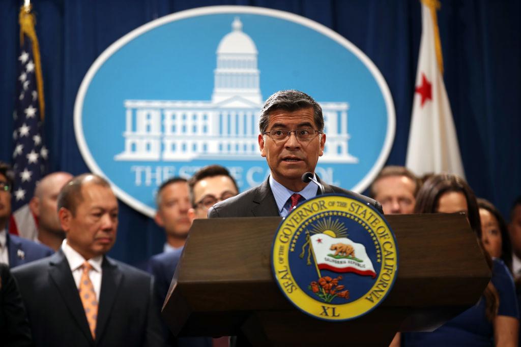 California Governor Gavin Newsom picture