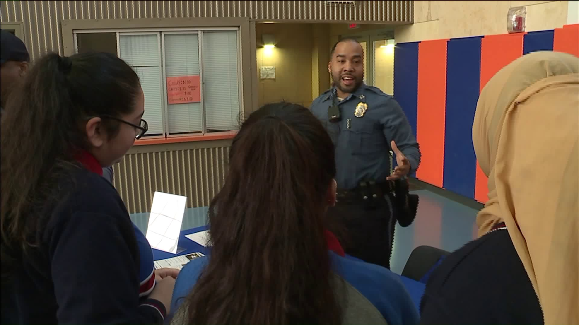 Police recruit high schoolers for public servant jobs