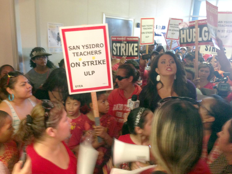 San Ysidro teachers strike