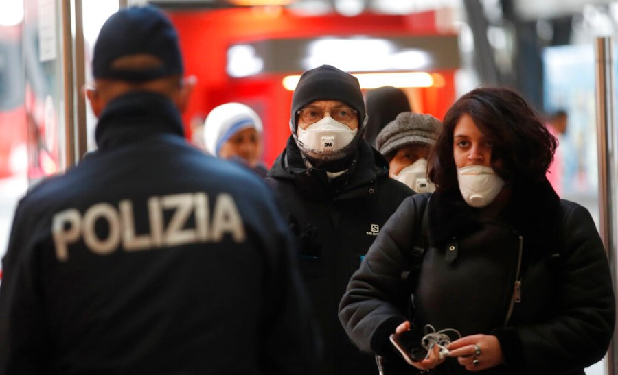 Italy extends coronavirus restrictions to entire country ...