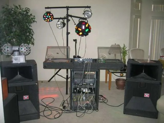 A picture of a really bad mobile dj setup