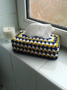 Bathroom tissue box cover