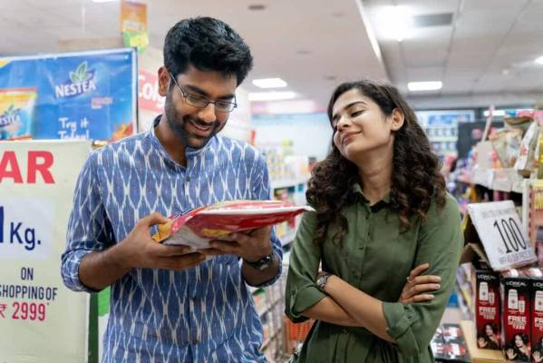 dhurv and Kavya in a bookstore