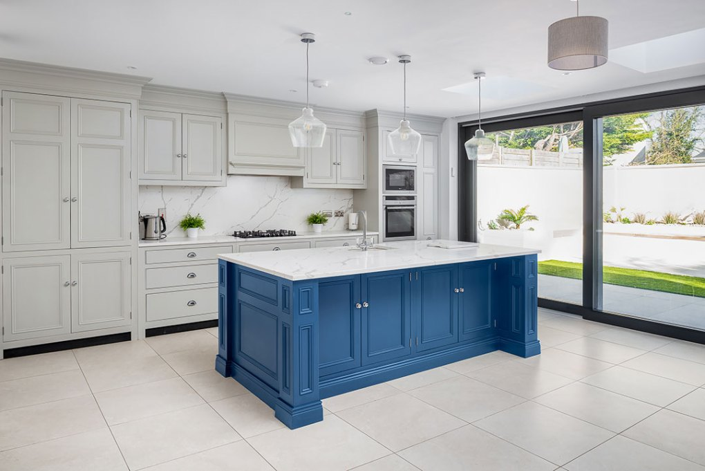 Open Plan Kitchen and Living Room - Foxhall Country Kitchens
