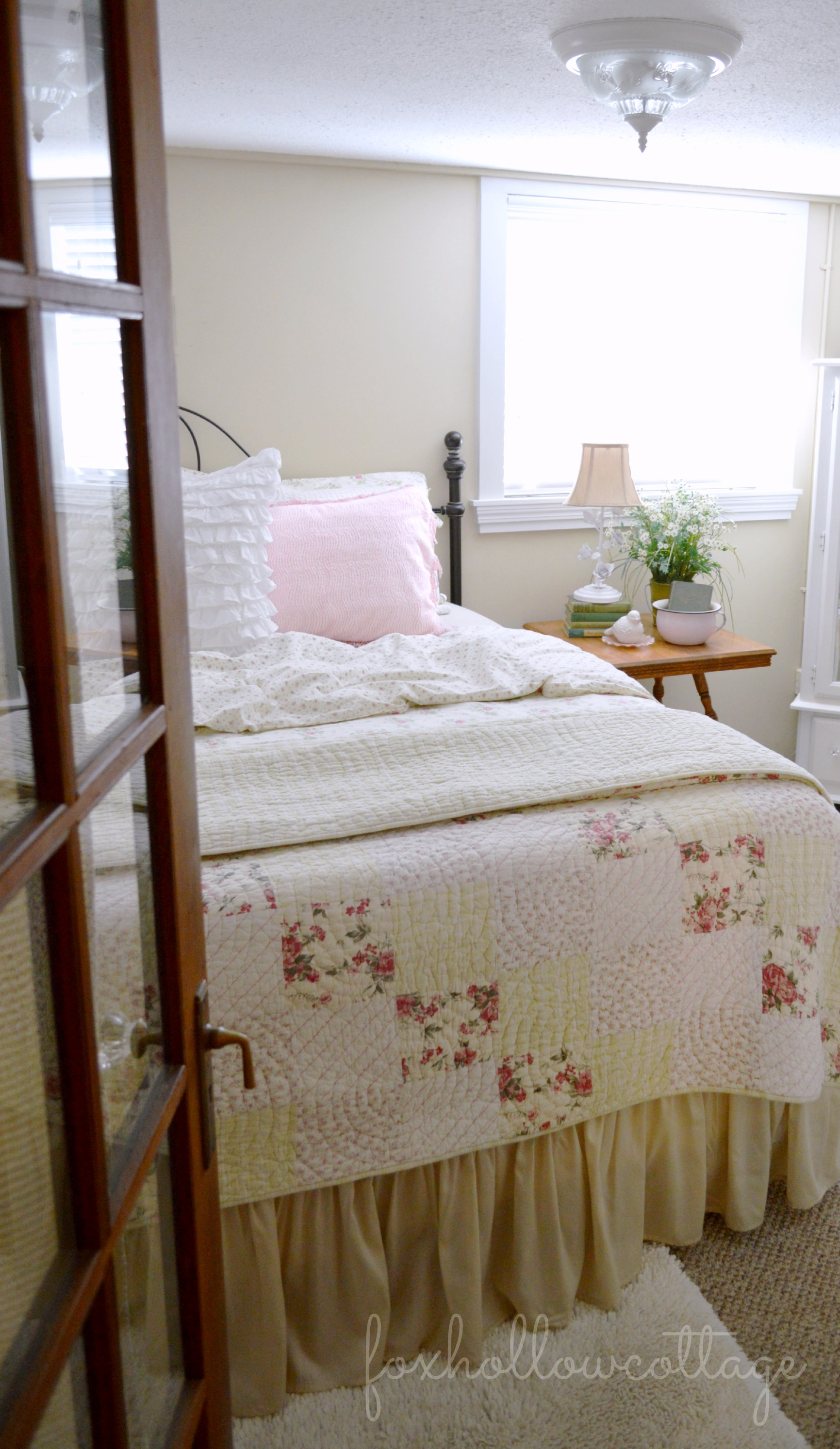 Shabby Vintage Cottage Bedroom  Fox Hollow Cottage