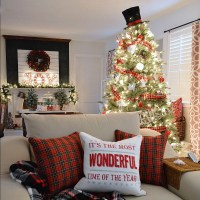 Cottage Christmas Home Tour with Country Living - Fox ...