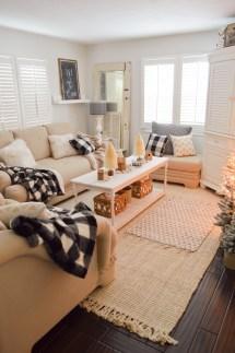 Cozy Cottage Winter Living Room Decorating Ideas - Fox