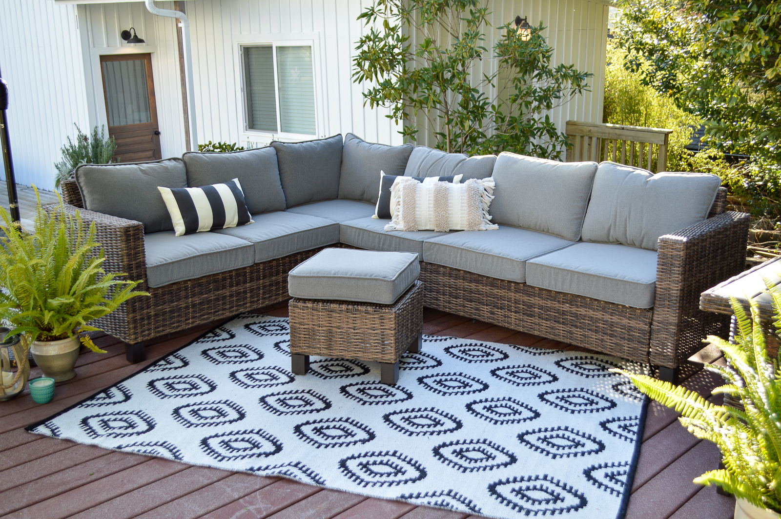 beautifully affordable outdoor patio