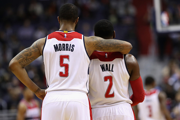 "Hawks ""A-Town Stomps"" Wizards; ties series"