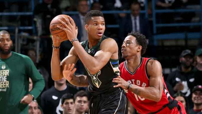The Bucks Destroyed The Raptors: Bucks Lead The Series 2-1