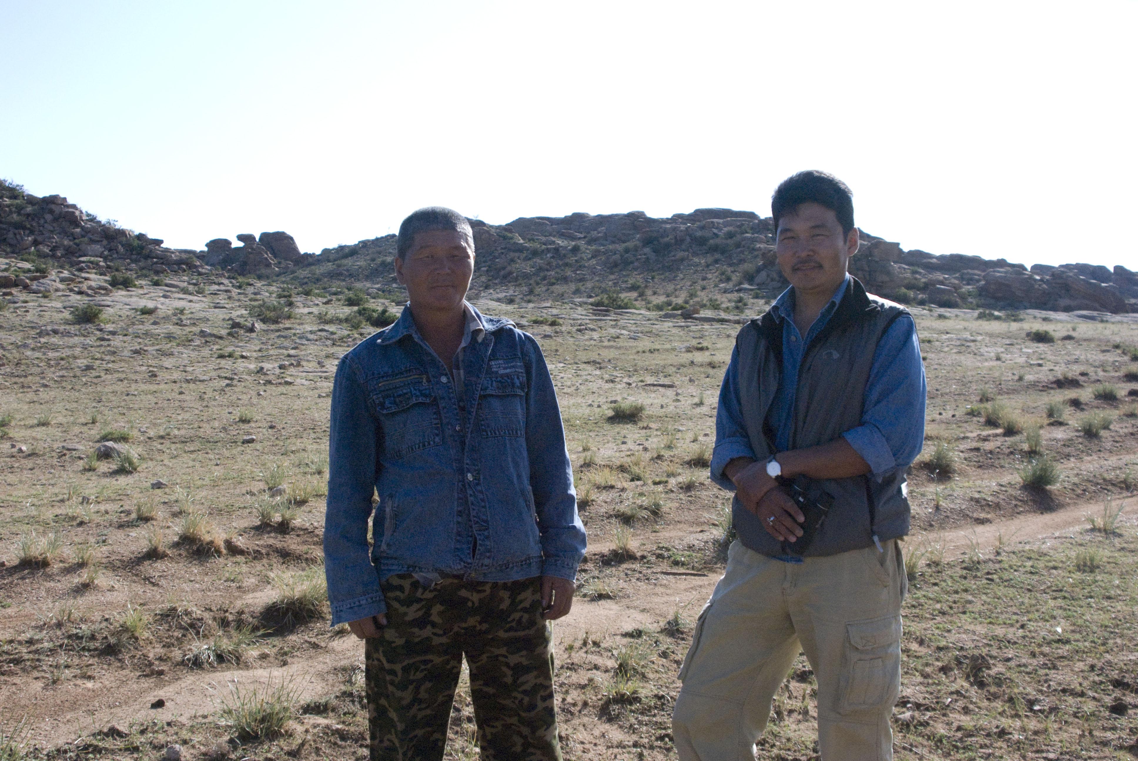 Onroo and Hatnaa in front of argali