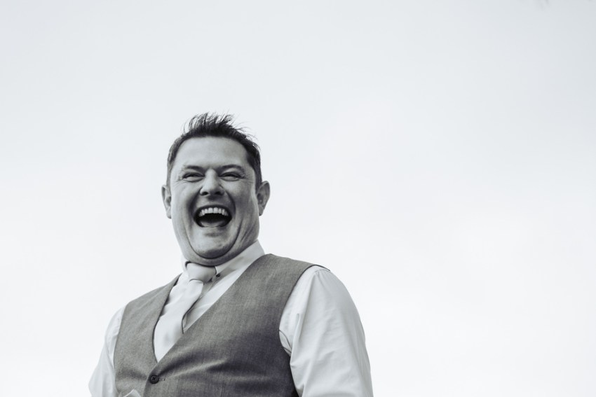 cheerful-chilli-barn-wedding-photographer-otley-chevin-135