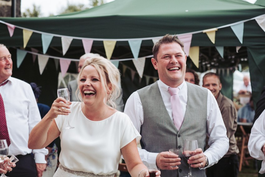 cheerful-chilli-barn-wedding-photographer-otley-chevin-139