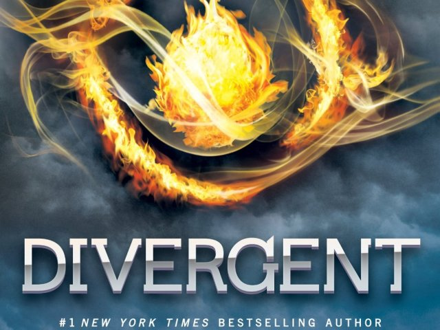 ✿ Happy Book Birthday ✿ Divergent by @VeronicaRothturns  ❥ 4 years old!