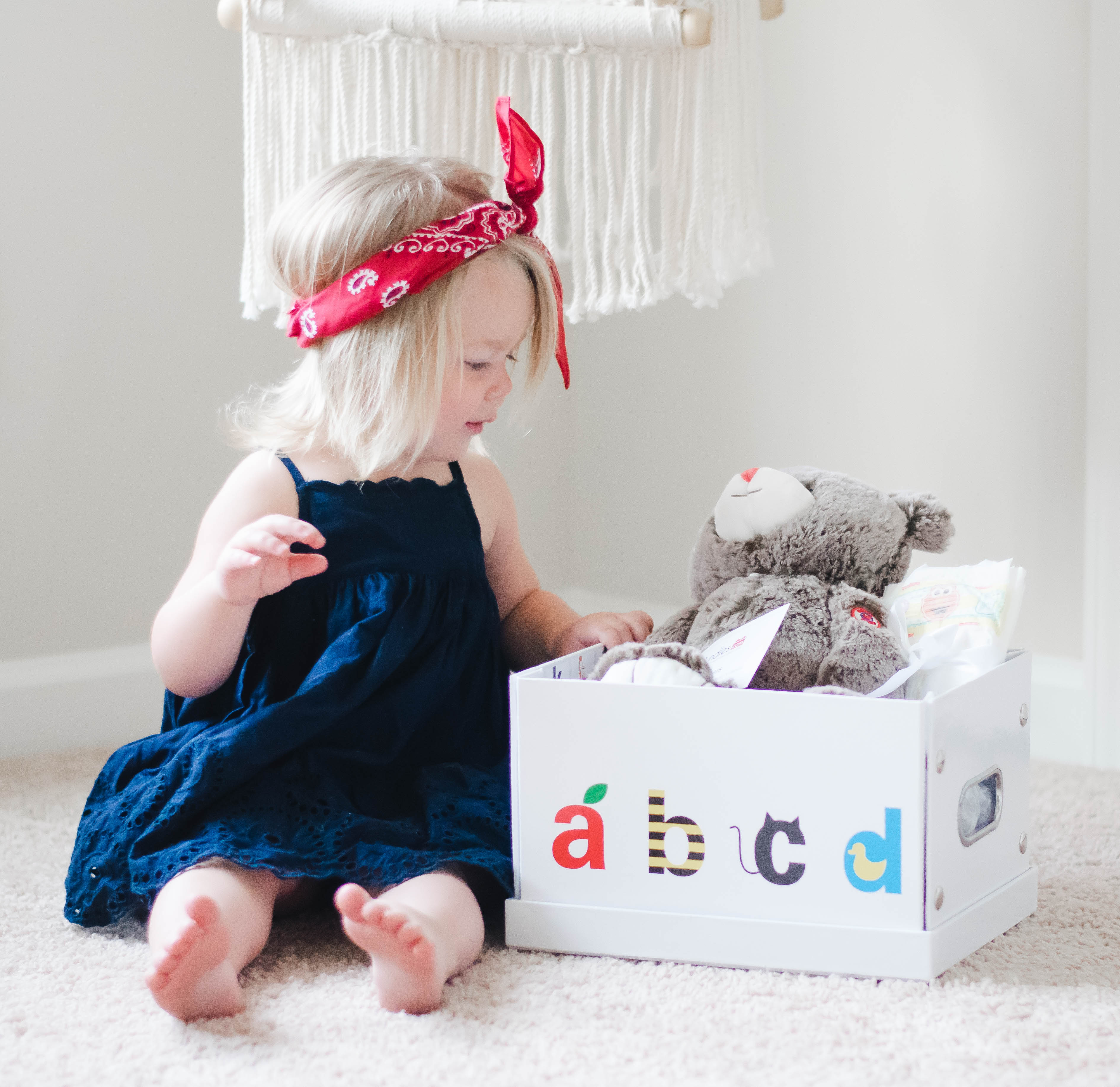 Looking For the perfect baby gift? Look no further! IncrediBundles has made giving the perfect baby gift easy and affordable for any budget! & The perfect baby gift with IncrediBundles! - foxy twine