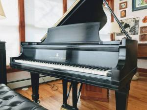 picture of steinway piano