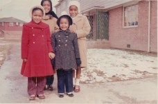 Chris (white hat) and her sisters
