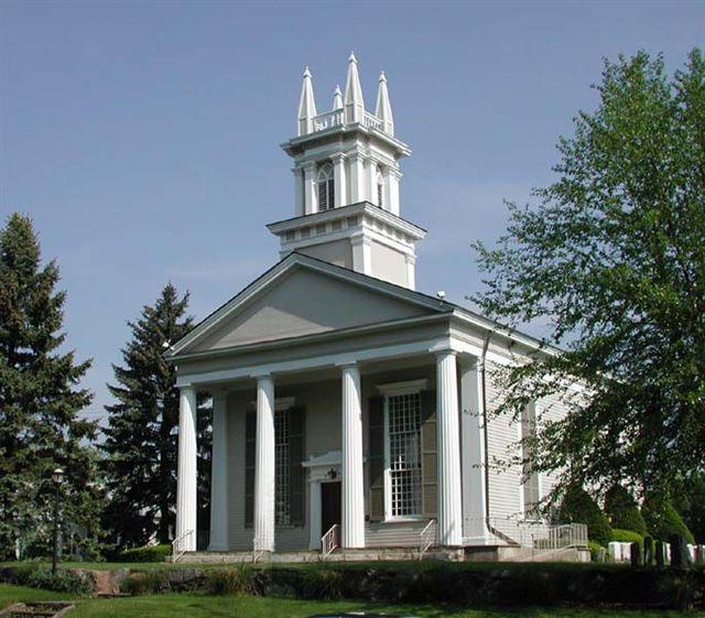 First Presbyterian Church of Yorktown - building