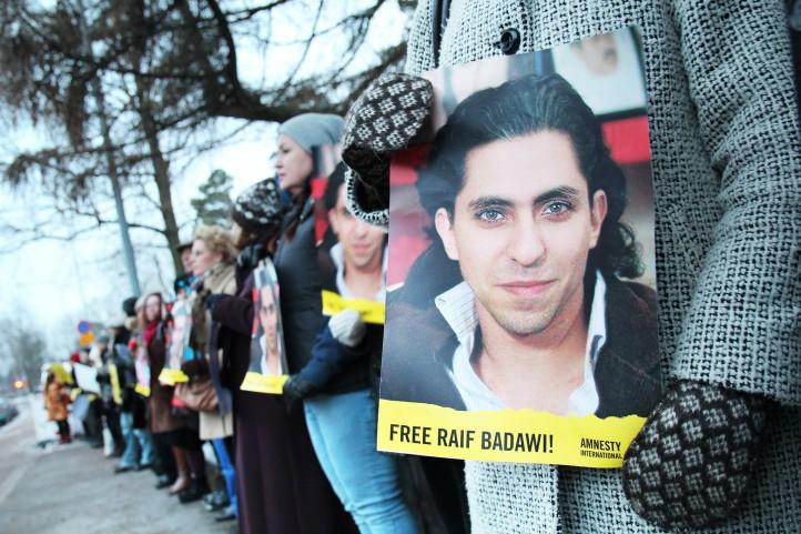 Photo: Demonstration outside the Saudi embassy in Helsinki, Finland on behalf of Raif Badawi (courtesy of Amnesty Finland via Flickr).