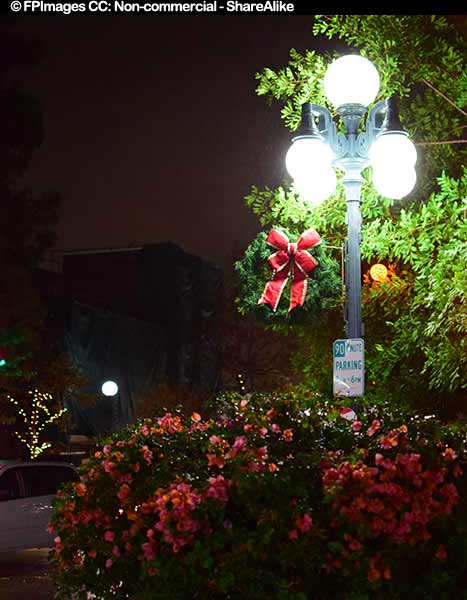 Outdoor Christmas decorations in Monrovia CA 20