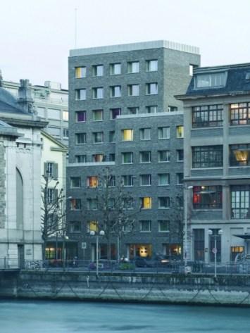 charles_pictet_immeuble_de_logements_pour_etudiants_rue_de_la_coulouvreniere_c_thomas_jantscher