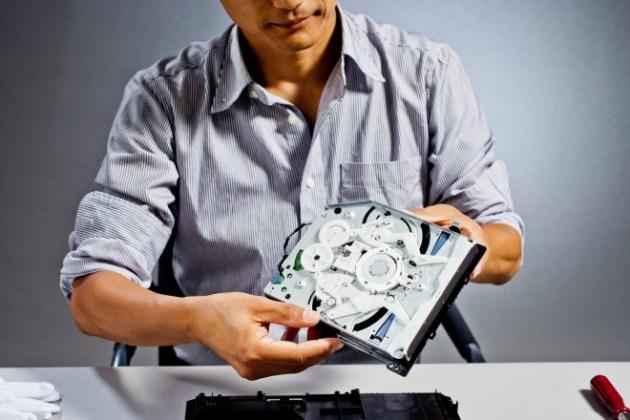PlayStation 4の内部公開、担当エンジニアによる分解 (8)