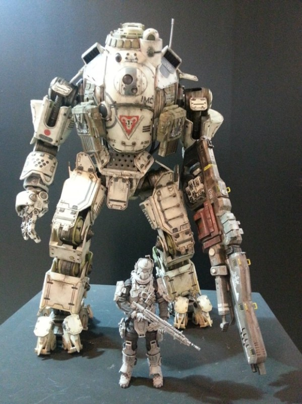 ThreeZero-Titanfall-Atlas-at-Thailand-Toy-Expo-001