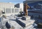 """Battlefield 4 : 北朝鮮マップ""""プロパガンダ""""の金正日像に、18禁映画の歌詞が…"""