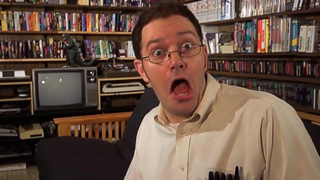 """飛び交う""""F""""ワード!海外の怒れるゲームレビュアー『The Angry Video Game Nerd(怒れるゲームオタク)』"""
