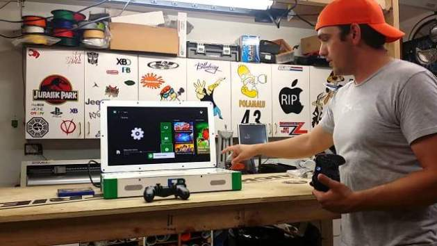 魔改造 : PS4とXbox OneをノートPCのような本体に閉じ込めた「PlayBox」爆誕