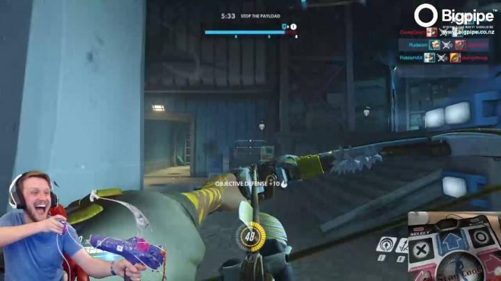 オーバーウォッチ: とんでもない一体感。弓でハンゾーを操作するプレイヤーが登場